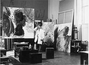 Max Weiler in seinem Atelier in der Akademie der bildenden  Künste Wien, 1977